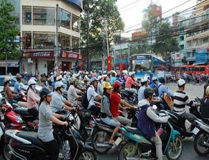 motorcycles_vietnam-415x260